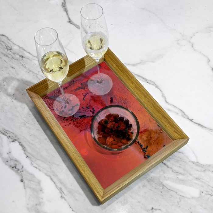 Serving tray by Yannick Pirson