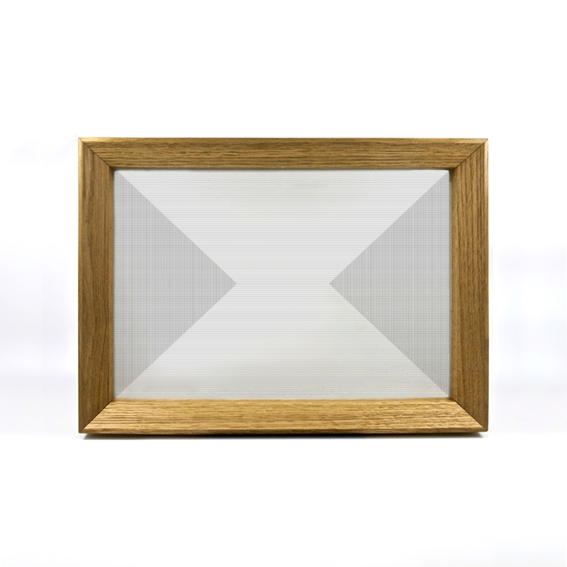 Large and small serving tray on white background - Designer Alix Welter