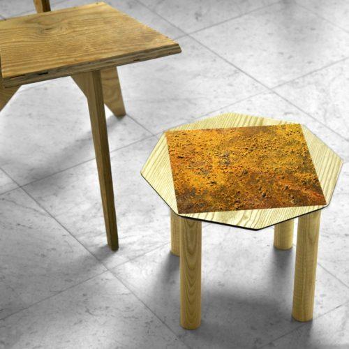 BAMink-table-basse-frêne-Oktō-mise en situation-fond-neutre-Némo Welter-Mars