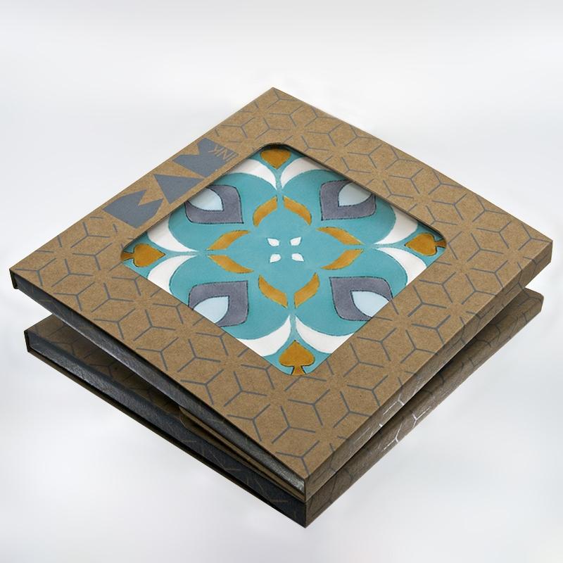 Packaging BAMink officiel avec le sous plat Azulejos II
