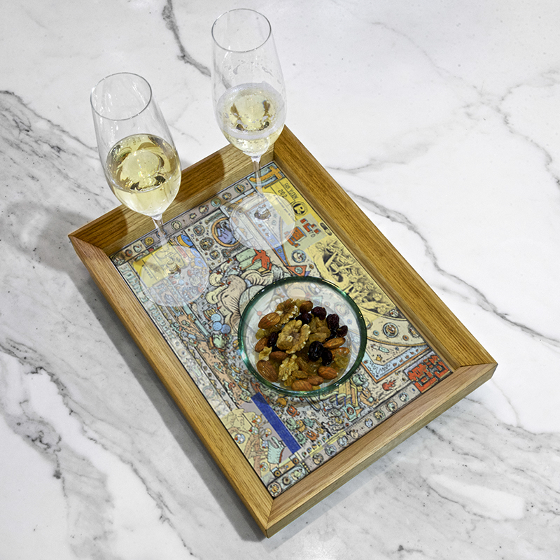 Serving tray by Alix Welter