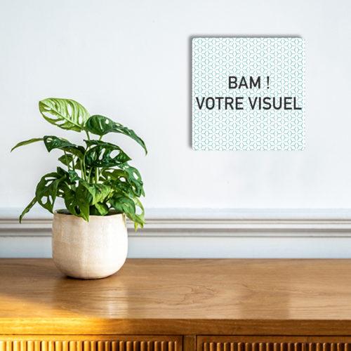plaque-aluminium-carré-personnaliser-unique-bamink-mise-en-situation