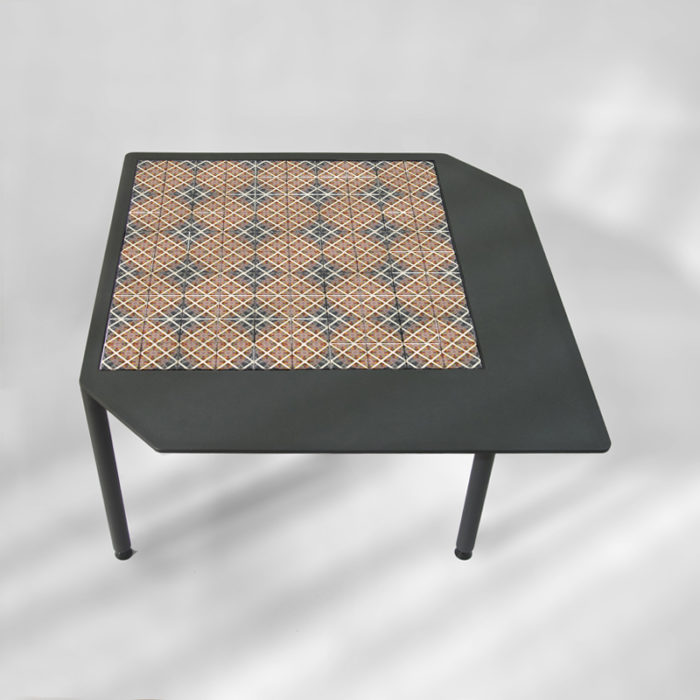 steel-coffee-table-BAMosaïc-III-BAMink-neutral-background